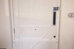 anti-intruder-bar-fitted