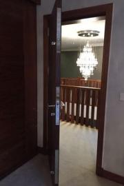 spartan-door-safe-room-option-12-bolt lock