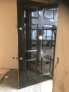high-gloss-high security-front door-2-security-locking-mechanisms